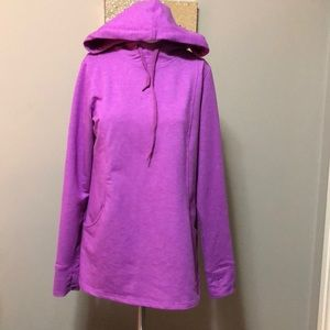 Roots hooded sweater size small